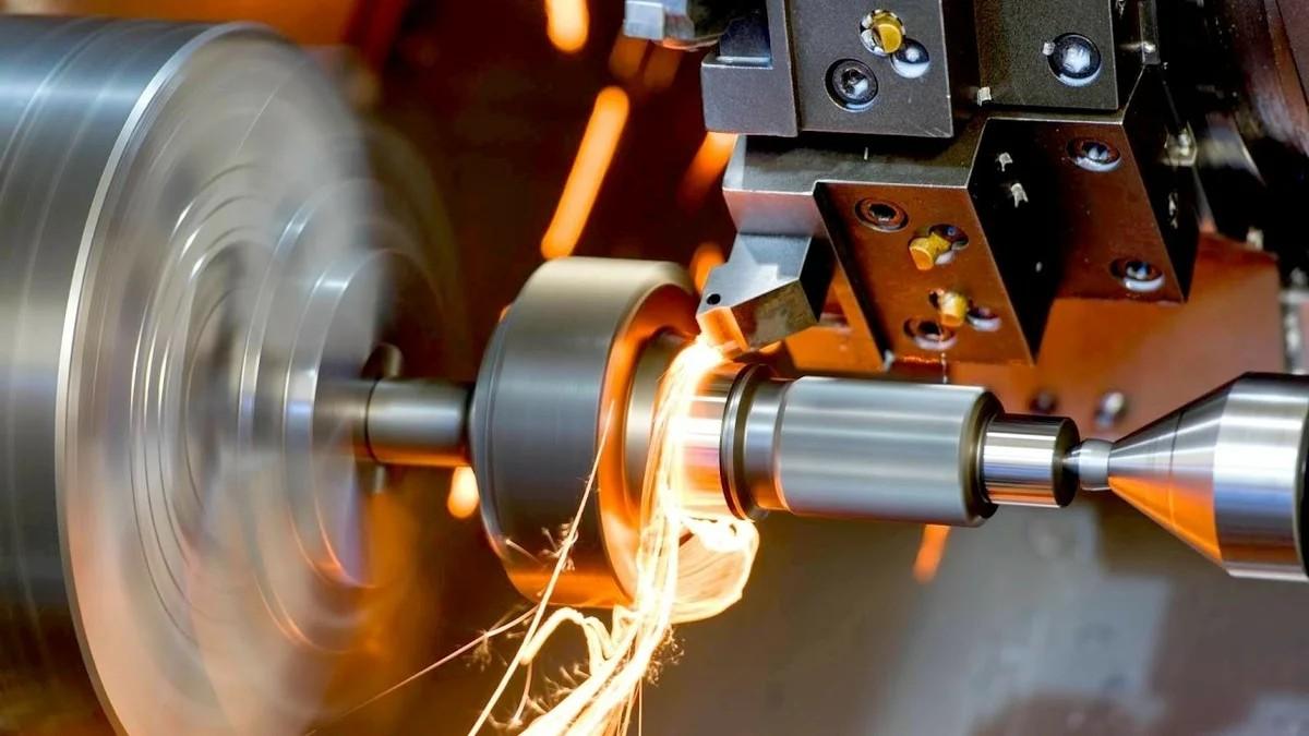 обработка детали на токарном станке